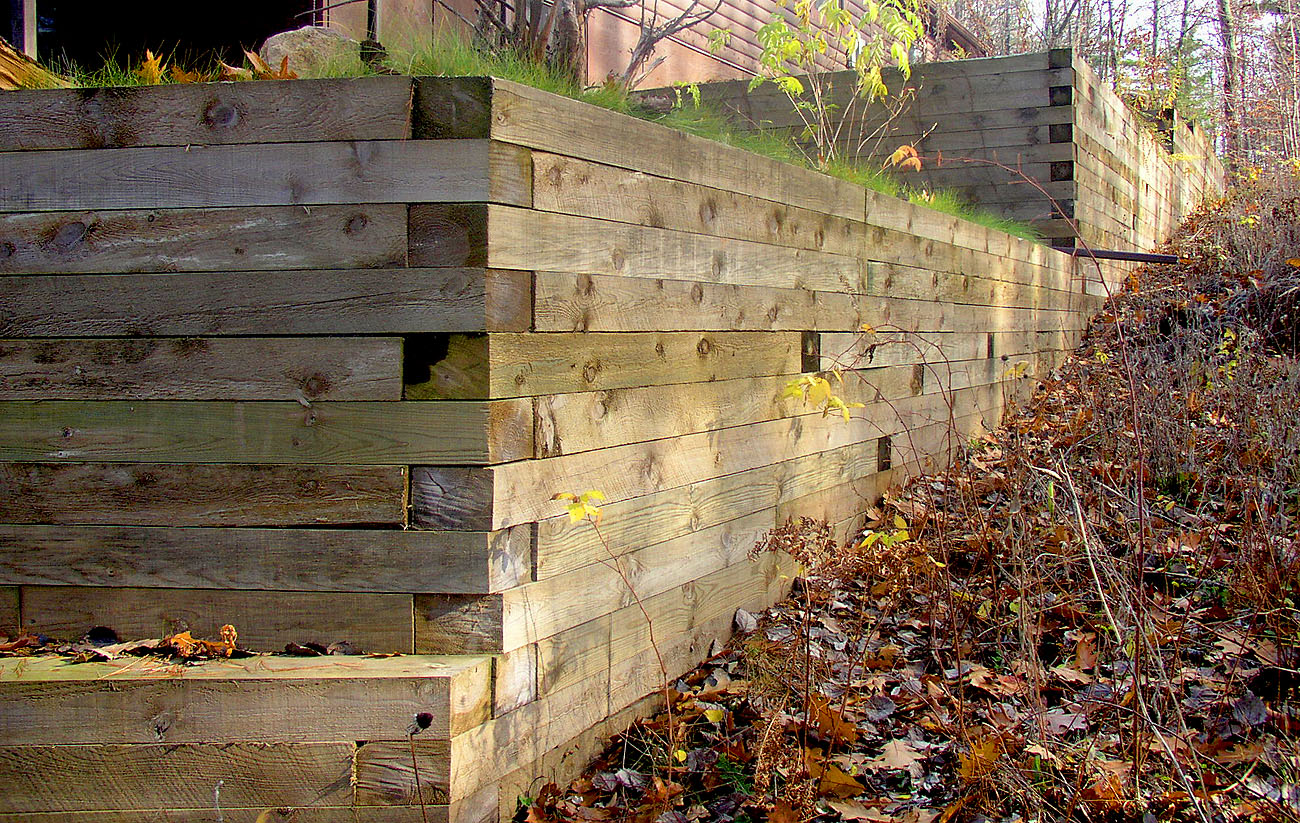 how to build wood retaining wall without deadmen